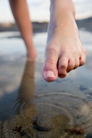Как лечить отеки ног всуставах боли в суставах ног лечение народные средства